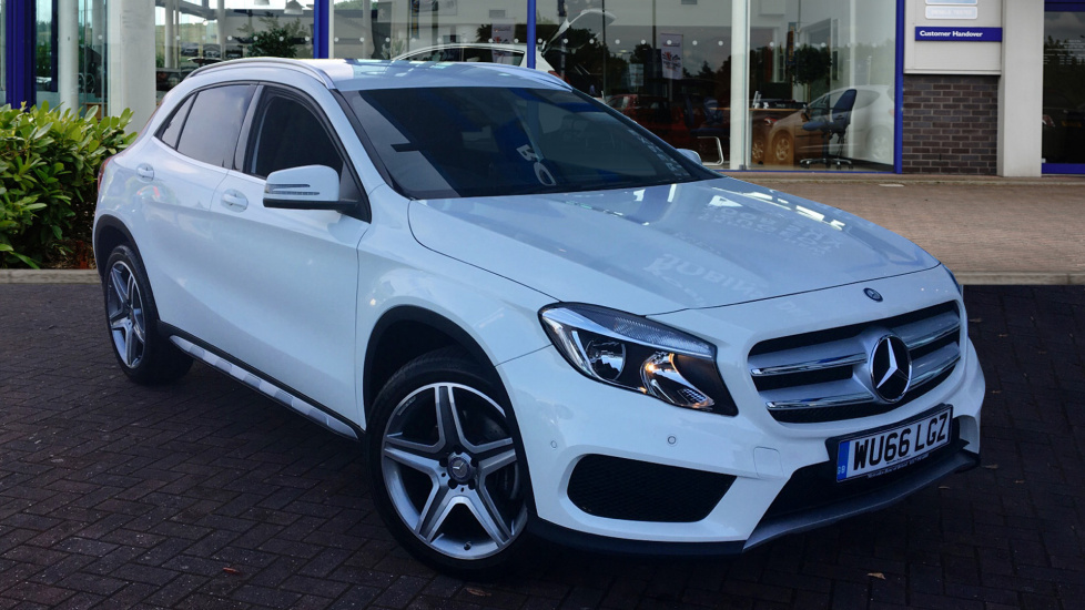 Used Mercedes-benz GLA CLASS SUV 2.1 GLA220 AMG Line 7G-DCT 4MATIC 5dr (start/stop)