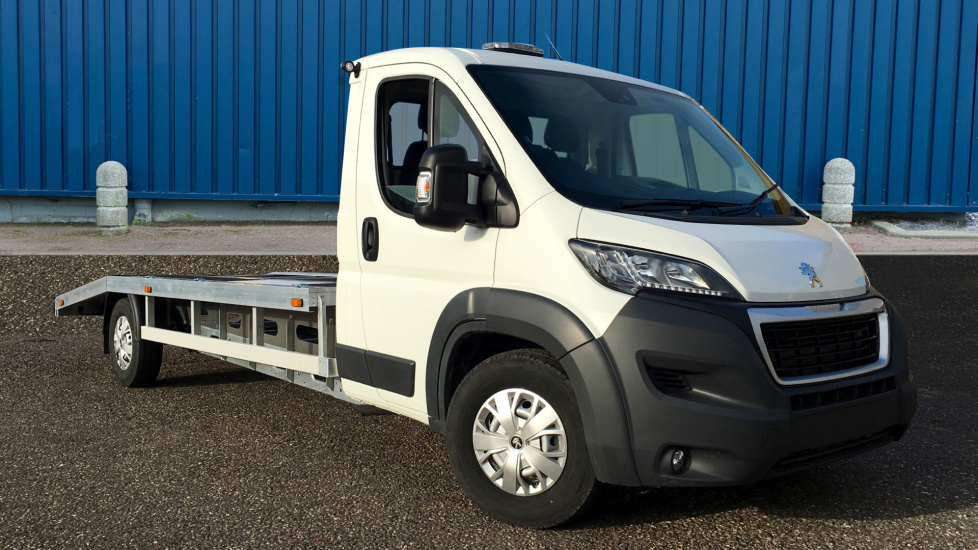 Used Peugeot BOXER Chassis Cab 0