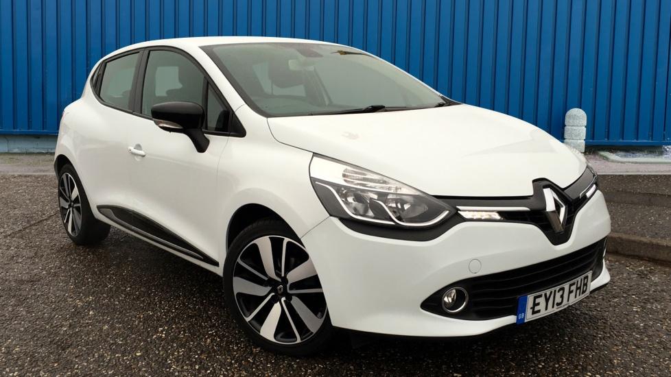 Used Renault CLIO Hatchback 0.9 TCe Dynamique S 5dr (start/stop, MediaNav)