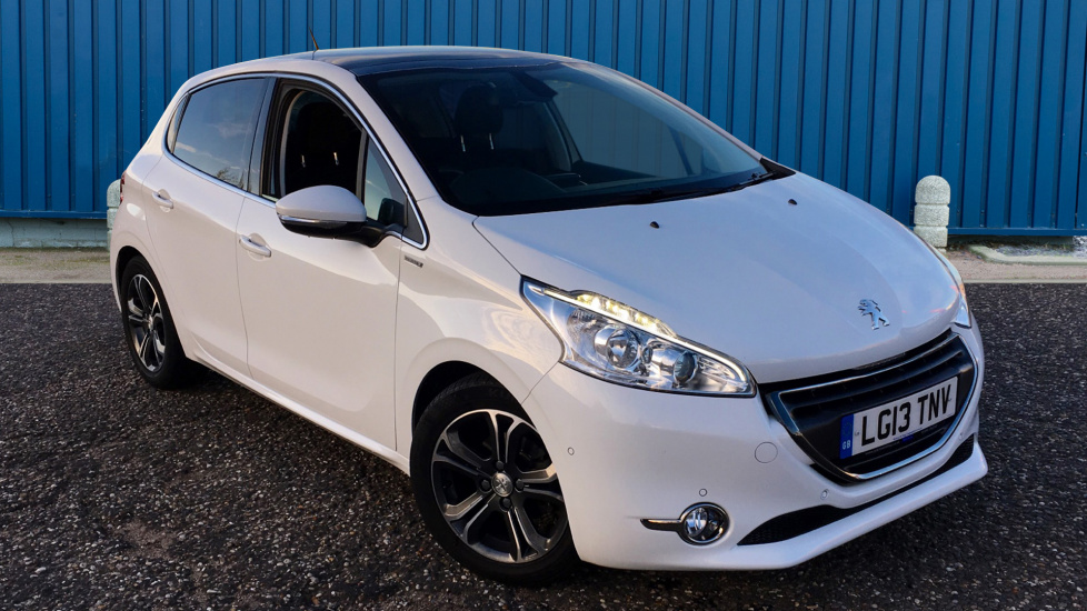 Used Peugeot 208 Hatchback 1.6 e-HDi FAP Intuitive 5dr (start/stop)