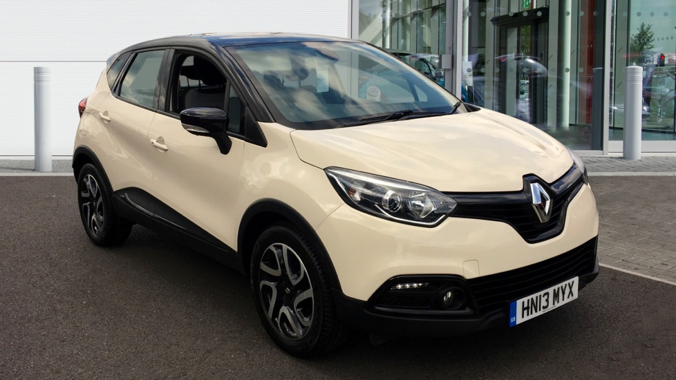 Used Renault CAPTUR Hatchback 0.9 TCe Dynamique 5dr (start/stop, MediaNav)