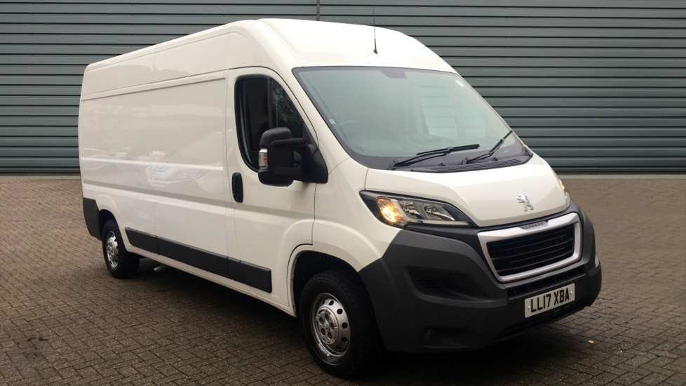 Used Peugeot BOXER Panel Van 2.0 BlueHDi (EU6) 335 L3 H2 Professional 5dr