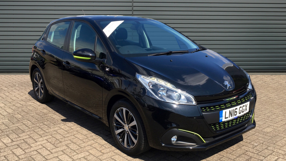 Used Peugeot 208 Hatchback 1.2 PureTech XS Lime Manual 5dr