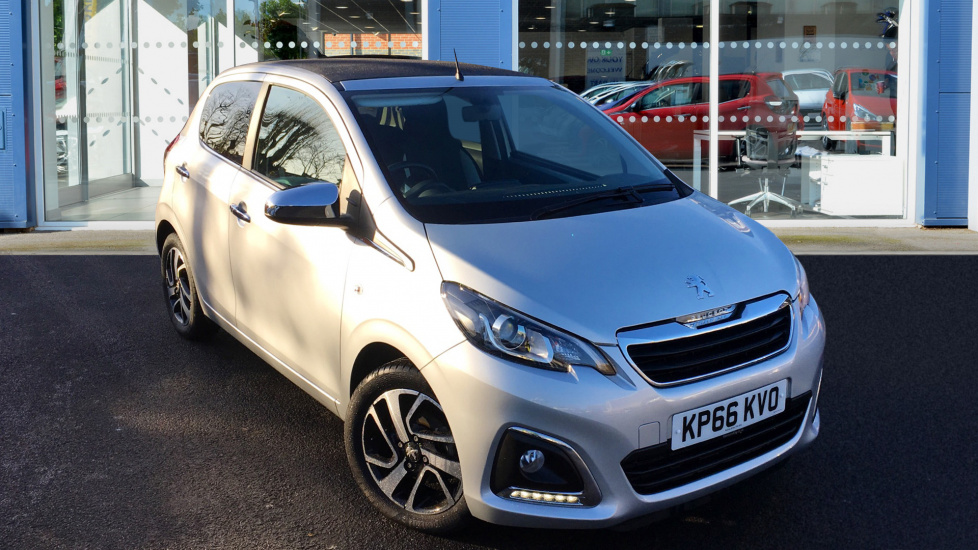 Used Peugeot 108 Convertible 1.2 PureTech Allure TOP! 5dr