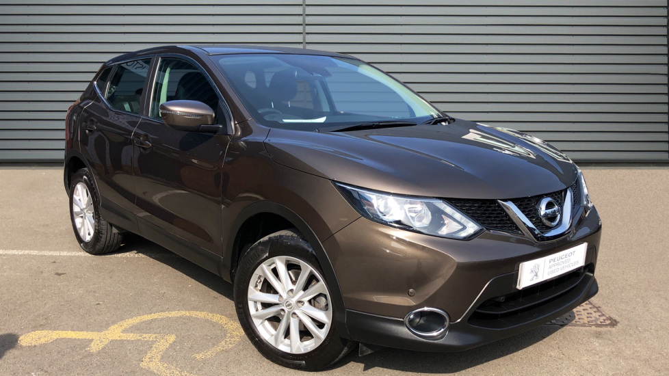 Used Nissan QASHQAI SUV 1.2 DIG-T Acenta (Tech Pack) 5dr