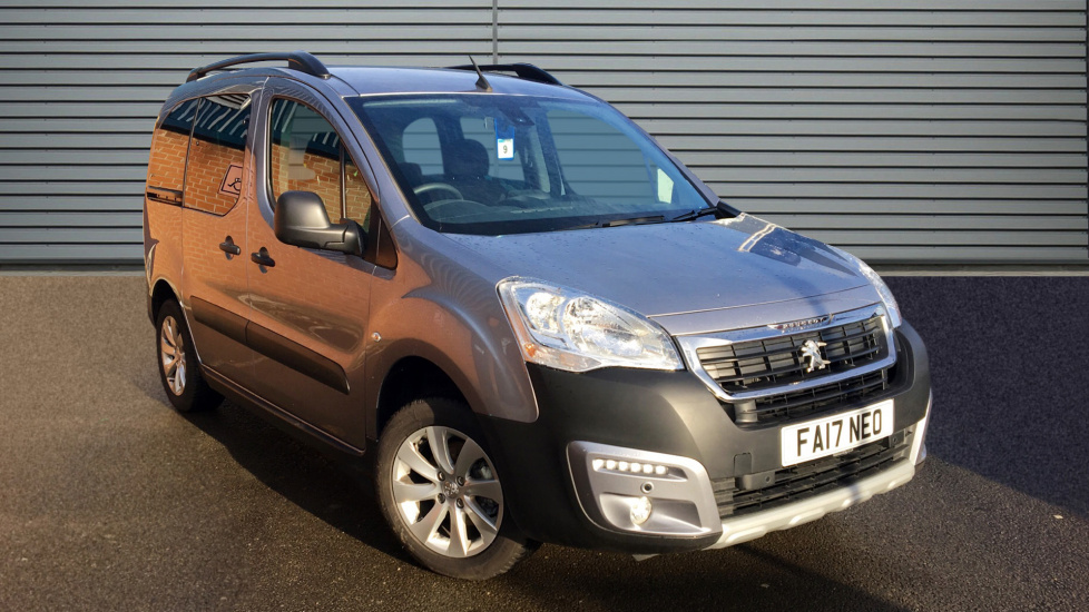 Used Peugeot PARTNER TEPEE MPV 1.6 BlueHDi Tepee Outdoor (s/s) 5dr