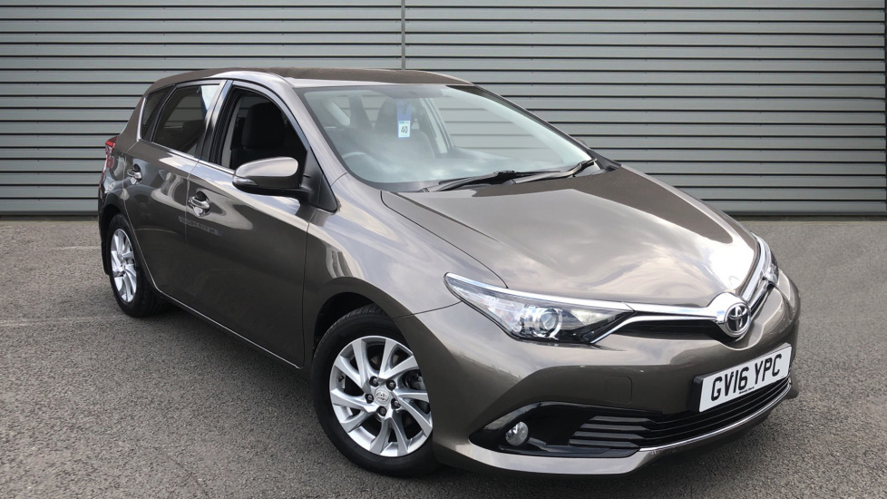 Used Toyota AURIS Hatchback 1.6 D-4D Business Edition (s/s) 5dr