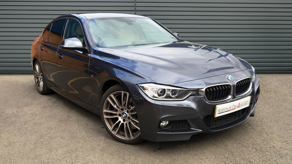Used BMW 3 SERIES Saloon 3.0 330d M Sport Sport Auto 4dr (start/stop)