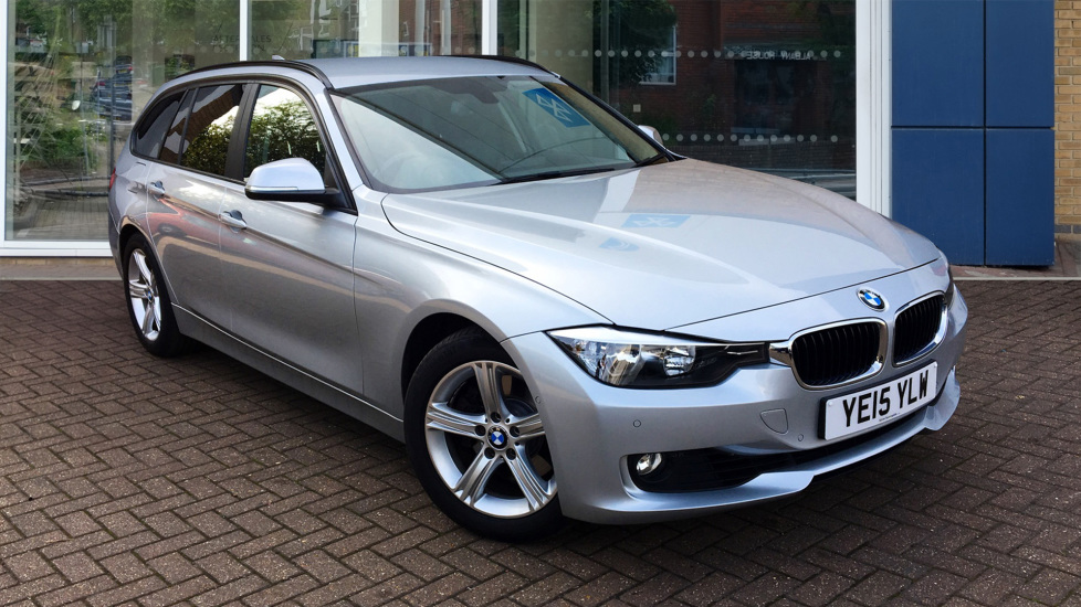 Used BMW 3 SERIES Estate 3.0 330d SE Touring Sport Auto (s/s) 5dr