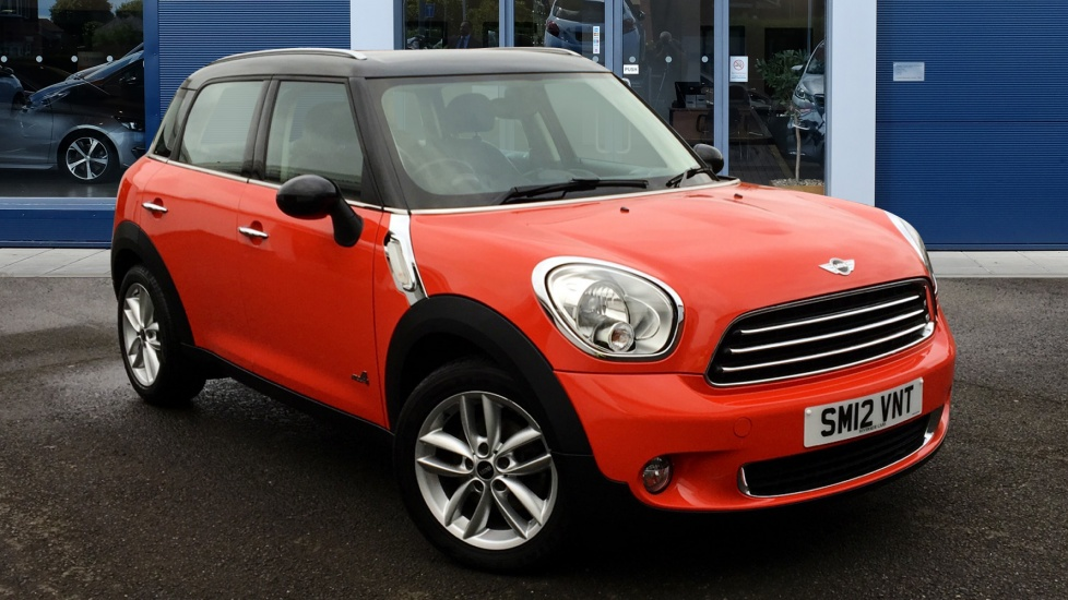 Used Mini COUNTRYMAN Hatchback 1.6 Cooper D (Chili pack) ALL4 5dr