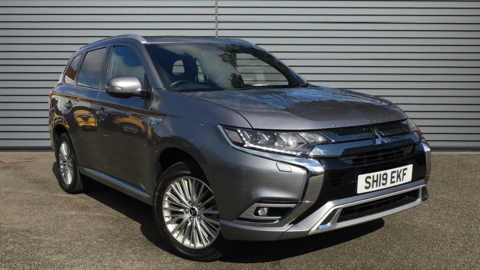 Used Mitsubishi Outlander SUV 2.4h TwinMotor 13.8kWh 4h CVT 4WD (s/s) 5dr