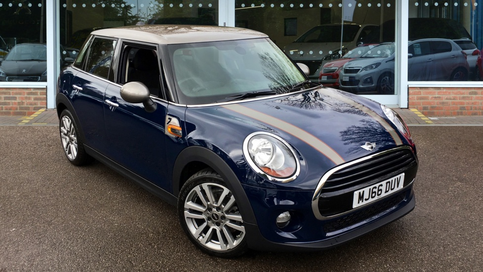 Used Mini HATCH Hatchback 1.5 Cooper Seven 5dr (start/stop)