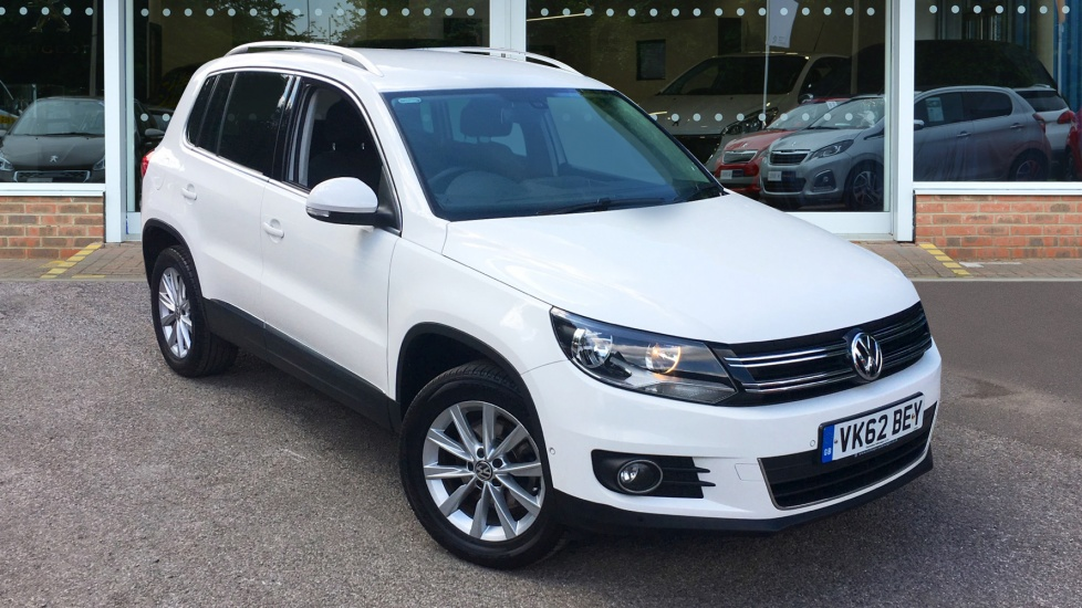 Used Volkswagen TIGUAN SUV 2.0 TDI BlueMotion Tech SE Station Wagon 4WD 5dr (start/stop)