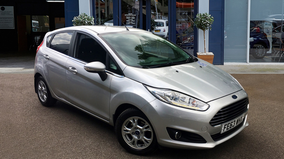 Used Ford FIESTA Hatchback 1.6 TDCi ECOnetic Titanium (s/s) 5dr