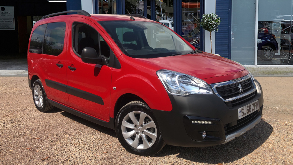 Used Peugeot PARTNER TEPEE MPV 1.2 PureTech Outdoor (s/s) 5dr