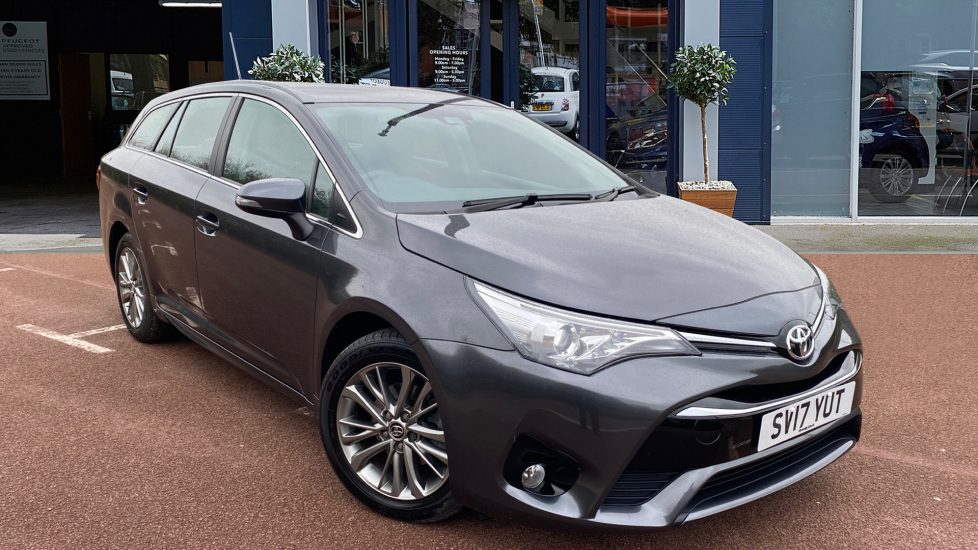 Used Toyota Avensis Estate 1.6 D-4D Business Edition Touring Sports (s/s) 5dr