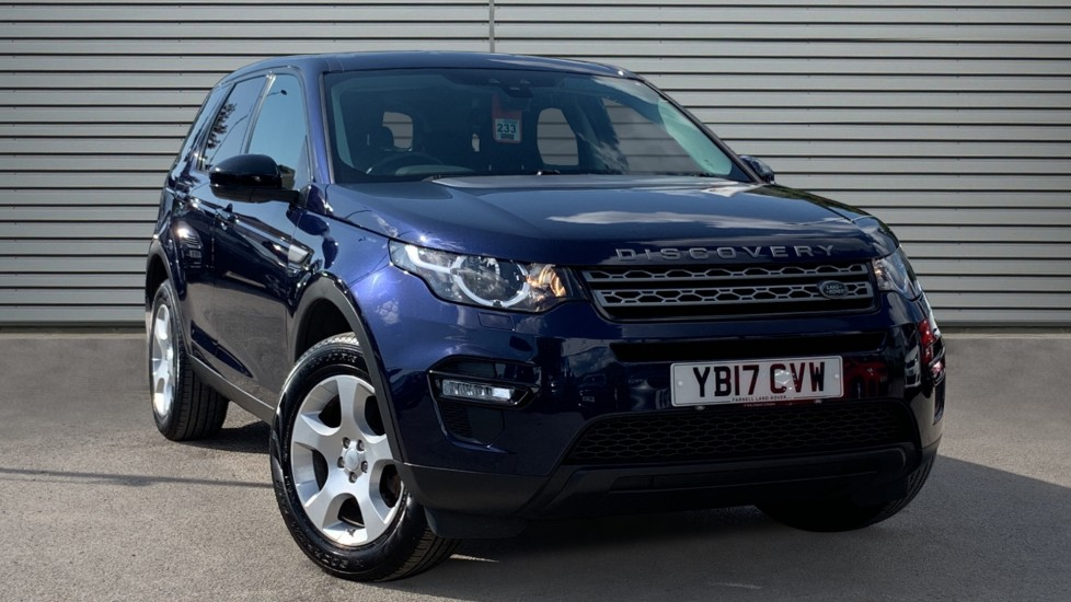 Used Land Rover Discovery Sport SUV 2.0 TD4 Pure Edition 4WD (s/s) 5dr (5 Seat)