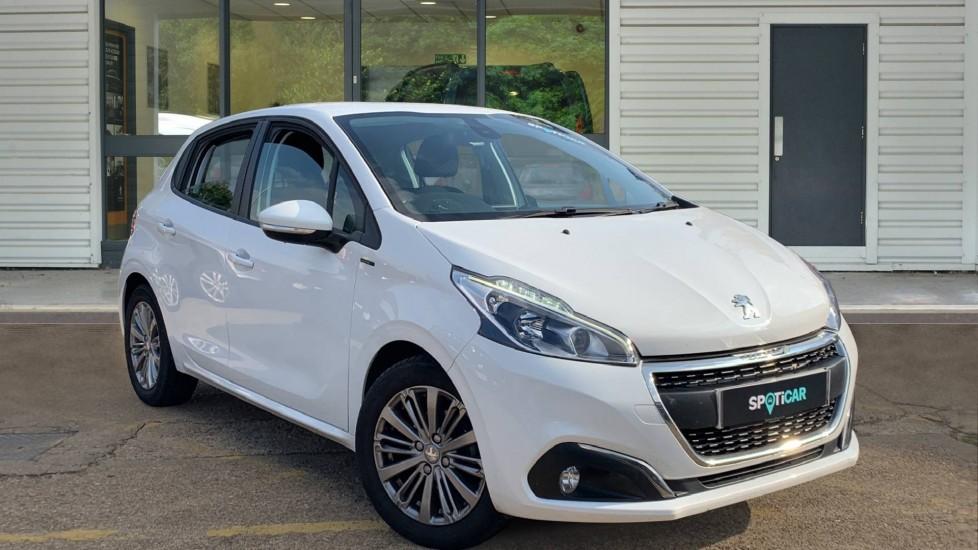 Used Peugeot 208 Hatchback 1.2 PureTech Signature (s/s) 5dr