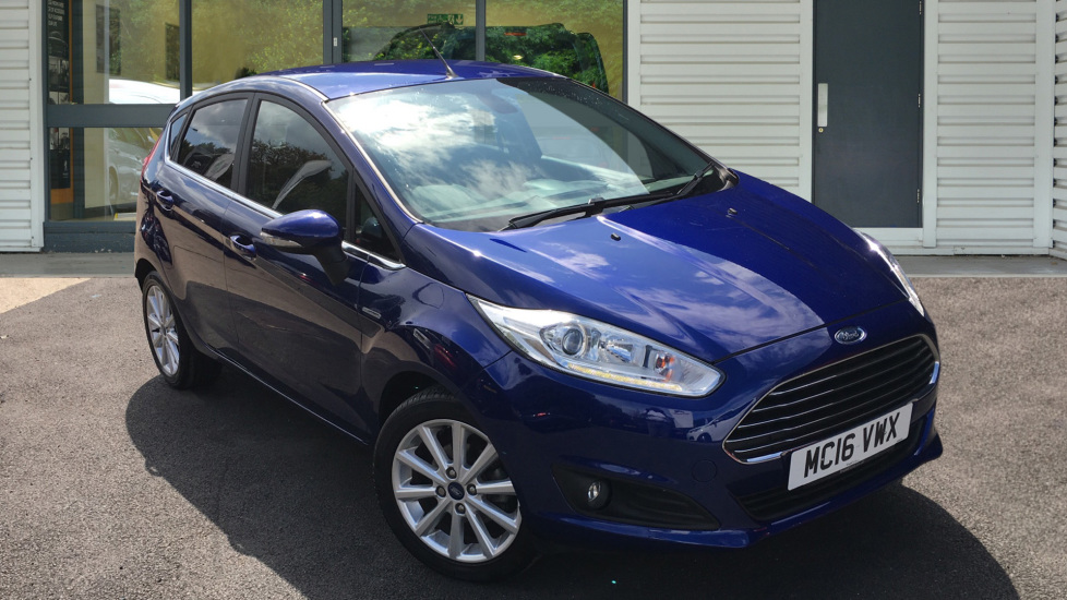 Used Ford FIESTA Hatchback 1.6 Titanium Powershift 5dr