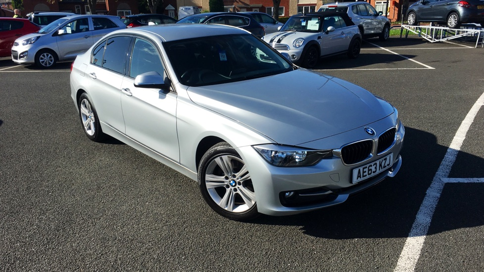 Used BMW 3 SERIES Saloon 2.0 320d Sport 4dr (start/stop)