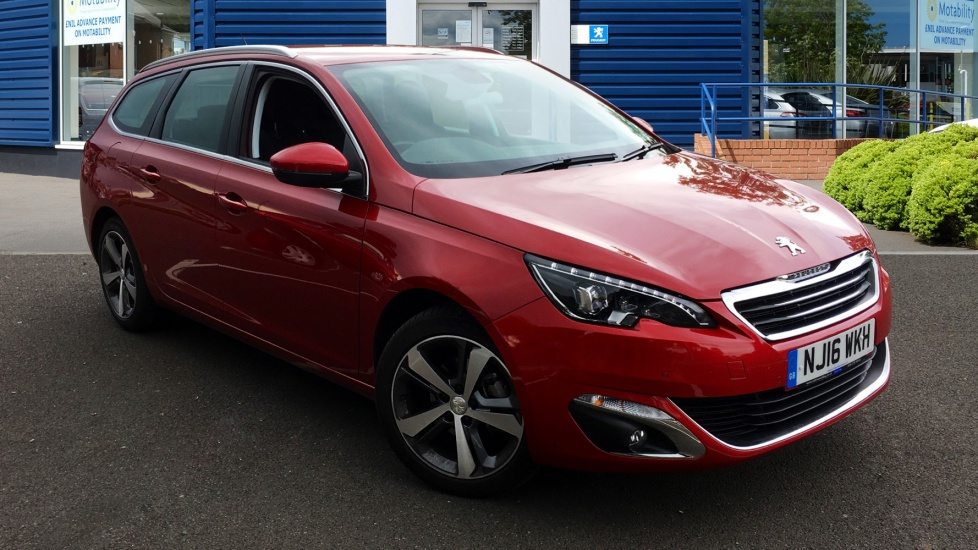 Used Peugeot 308 SW Estate 1.2 PureTech Allure 5dr (start/stop)