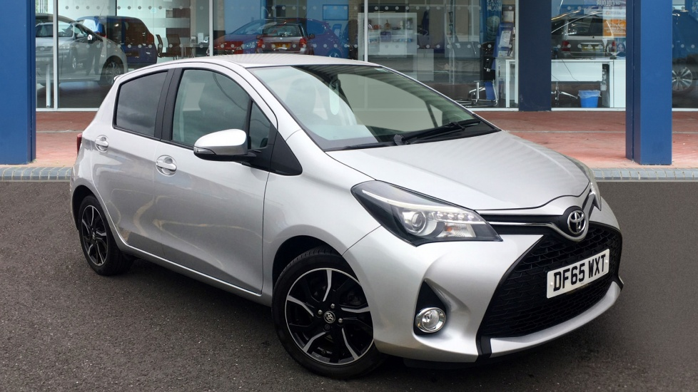Used Toyota YARIS Hatchback 1.33 Sport 5dr (TSS)