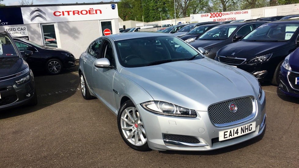 Used Jaguar XF Saloon 2.2 TD Premium Luxury 4dr (start/stop)