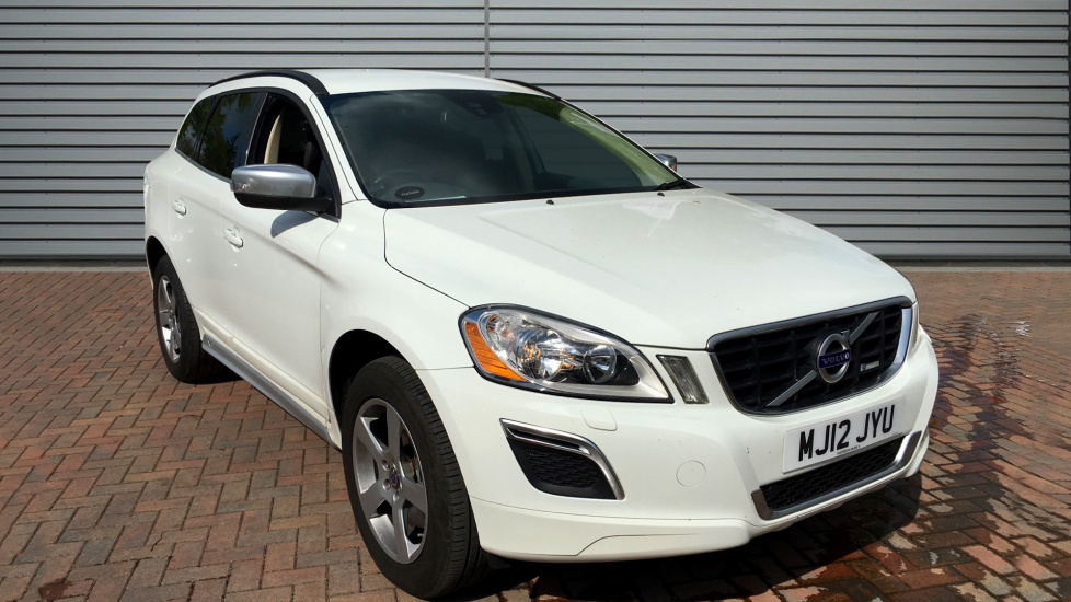 Used Volvo XC60 SUV 2.4 D5 R-Design Geartronic AWD 5dr (start/stop)
