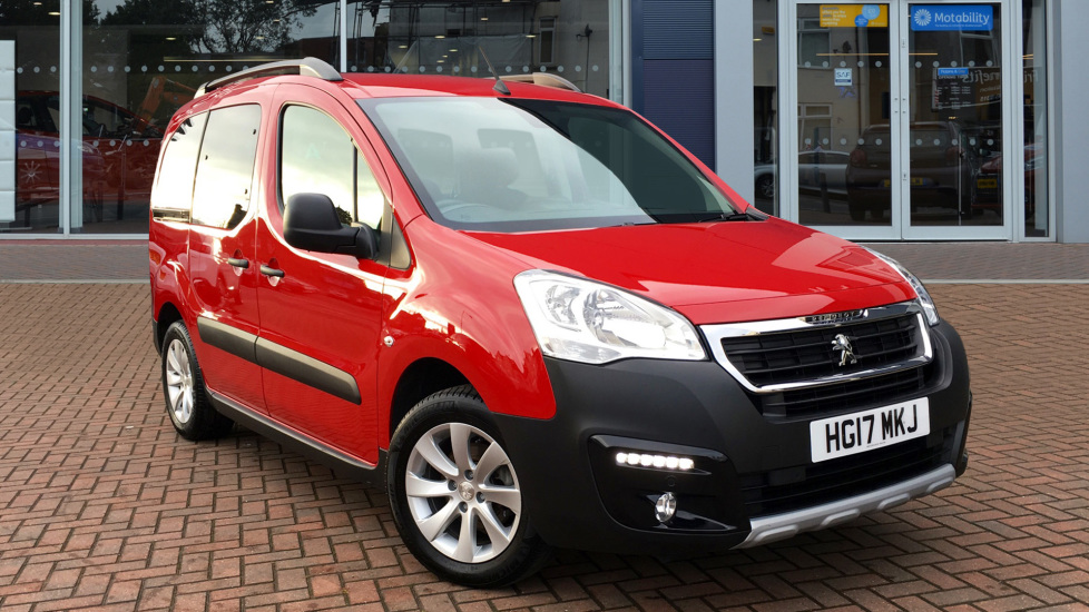 Used Peugeot PARTNER TEPEE MPV 1.6 BlueHDi Outdoor (s/s) 5dr