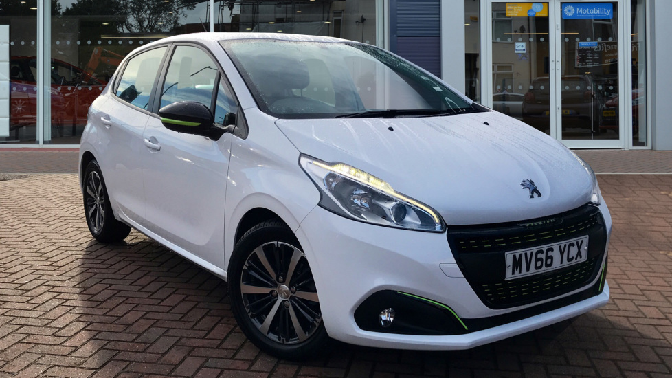 Used Peugeot 208 Hatchback 1.2 PureTech Active Design Lime 5dr