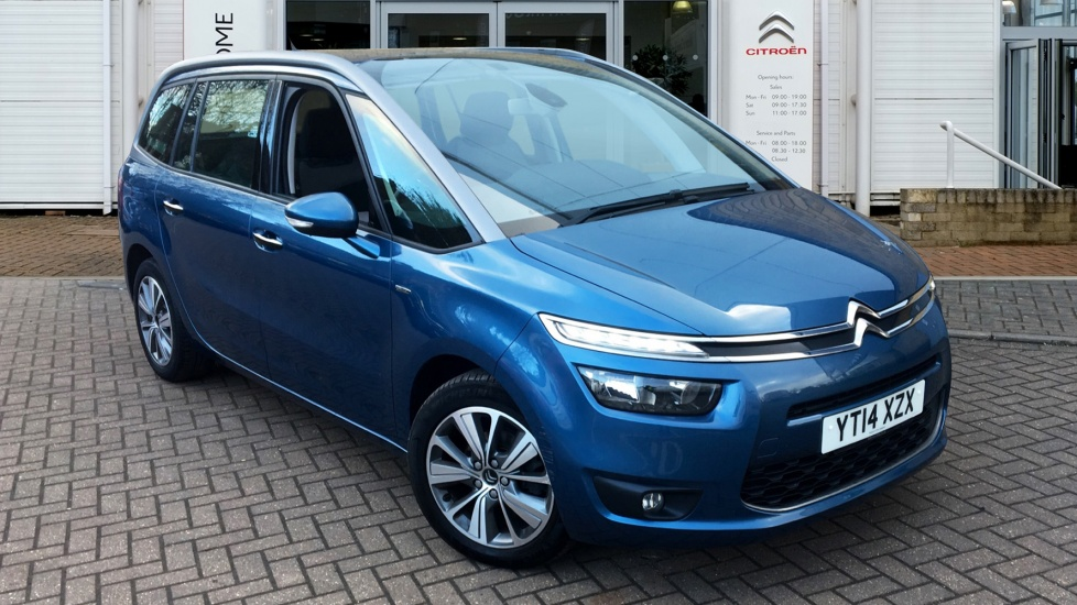 Prestige Auto Broker >> Citroen Edgware: Citroen Dealers | New & Used Cars & Vans Edgware | Robins and Day