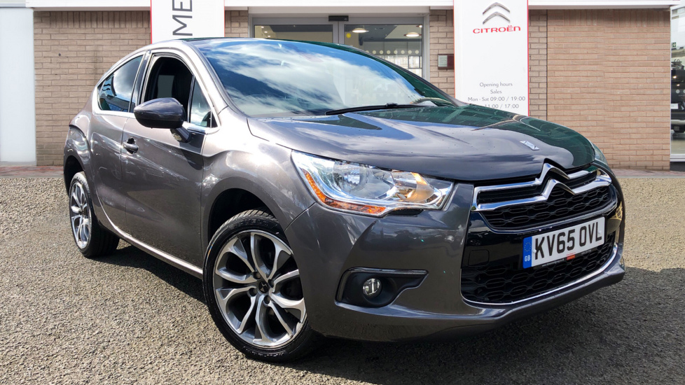 Used DS Automobiles DS 4 Hatchback 1.6 BlueHDi DStyle Nav (s/s) 5dr