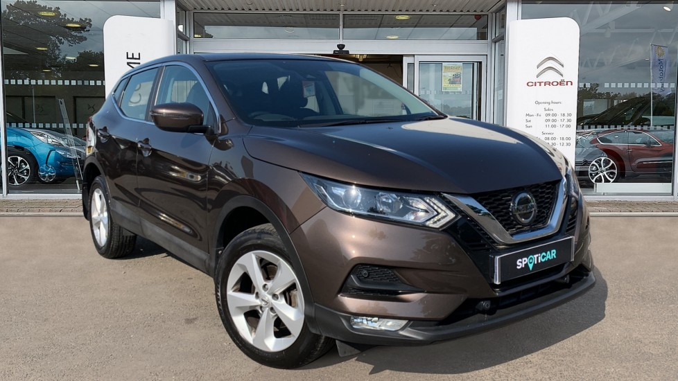Used Nissan Qashqai SUV 1.2 DIG-T Acenta (s/s) 5dr