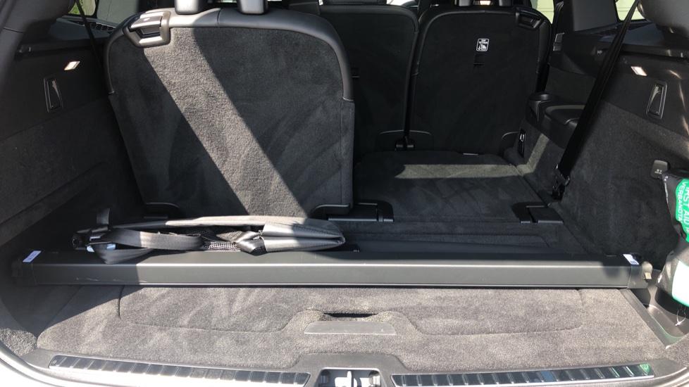 Volvo XC90 B5D Mild Hybrid R Design Pro AWD Auto, Nav, Head Up Display, Rear Camera, F & R Sensors image 38