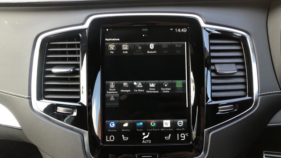 Volvo XC90 B5D Mild Hybrid R Design Pro AWD Auto, Nav, Head Up Display, Rear Camera, F & R Sensors image 23