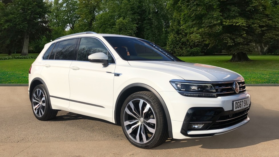 Volkswagen Tiguan 2.0 TDi 150 4Motion R-Line Auto, Nav, Sunroof, Adaptive Cruise, Heated Seats, DAB Radio, Tints image 1