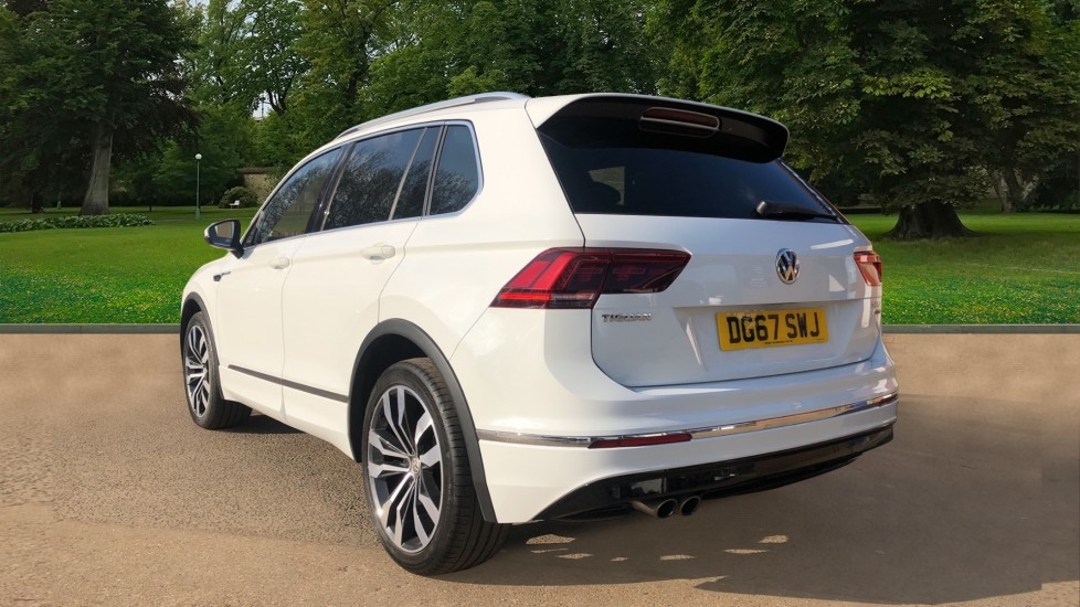 Volkswagen Tiguan 2.0 TDi 150 4Motion R-Line Auto, Nav, Sunroof, Adaptive Cruise, Heated Seats, DAB Radio, Tints image 3