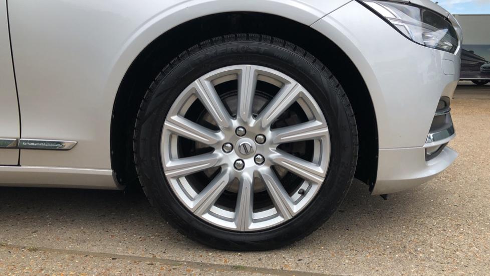 Volvo S90 D4 Inscription Auto, Nav, Winter Pack, Heated Screen, Heated Steering Wheel, DAB, Adaptive Cruise image 26