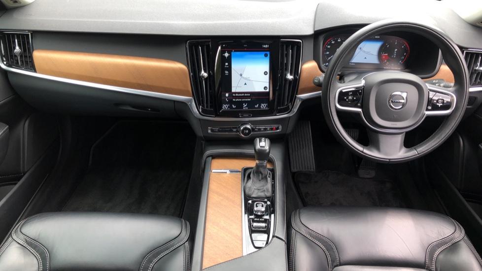 Volvo S90 D4 Inscription Auto, Nav, Winter Pack, Heated Screen, Heated Steering Wheel, DAB, Adaptive Cruise image 8