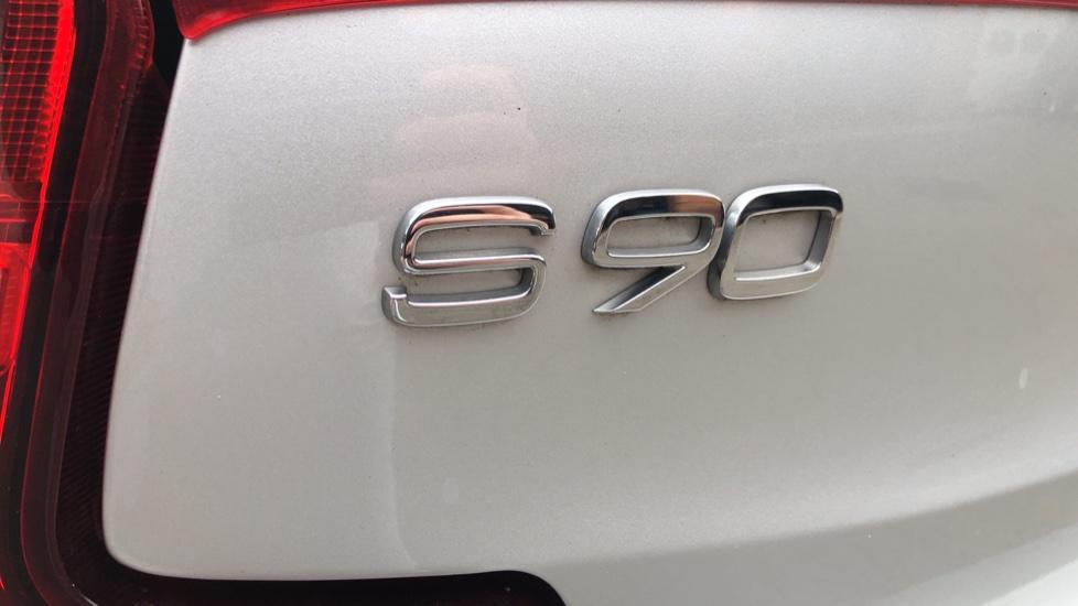 Volvo S90 D4 Inscription Auto, Nav, Winter Pack, Heated Screen, Heated Steering Wheel, DAB, Adaptive Cruise image 33