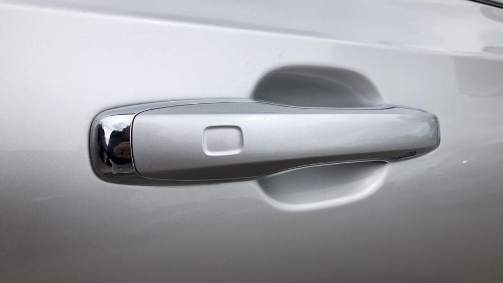 Volvo S90 D4 Inscription Auto, Nav, Winter Pack, Heated Screen, Heated Steering Wheel, DAB, Adaptive Cruise image 7
