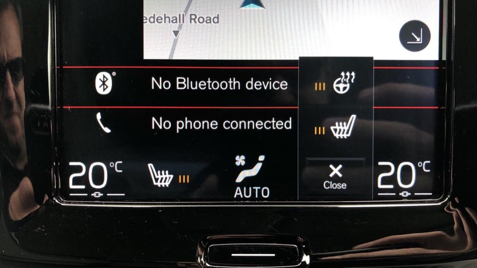 Volvo S90 D4 Inscription Auto, Nav, Winter Pack, Heated Screen, Heated Steering Wheel, DAB, Adaptive Cruise image 18