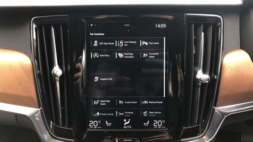 Volvo S90 D4 Inscription Auto, Nav, Winter Pack, Heated Screen, Heated Steering Wheel, DAB, Adaptive Cruise image 24