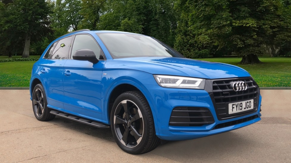 Audi Q5 40 TDI Quattro Black Edition S Tronic Auto, Nav, F & R Sensors, Bluetooth, Side Steps, DAB 2.0 Diesel Automatic 5 door 4x4 (2019)