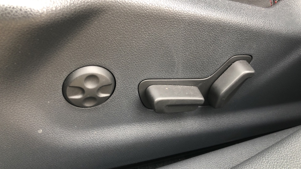 Peugeot 508 2.0 BlueHDi 180 GT 5 Door Estate Auto, Nav, Sunroof, Electric & Heated Front Seats, CarPlay, HUD image 21