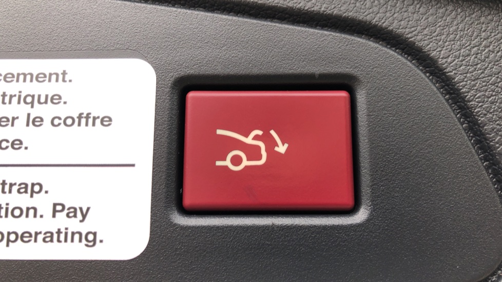 Peugeot 508 2.0 BlueHDi 180 GT 5 Door Estate Auto, Nav, Sunroof, Electric & Heated Front Seats, CarPlay, HUD image 38