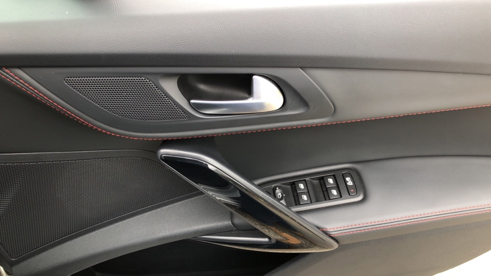 Peugeot 508 2.0 BlueHDi 180 GT 5 Door Estate Auto, Nav, Sunroof, Electric & Heated Front Seats, CarPlay, HUD image 42