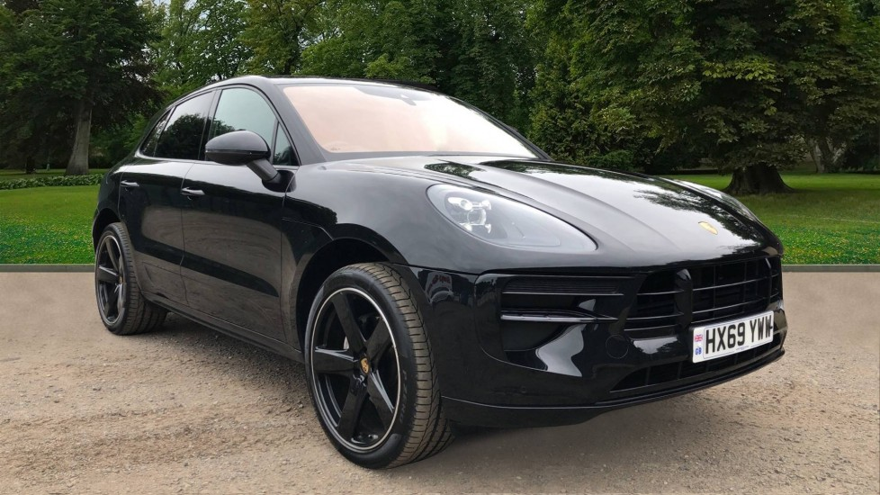 Porsche Macan S PDK, Nav, Sunroof, Sport Design & Driver Memory Packs, Heated Screen & Steering Wheel, R. Camera 2.0 Automatic 5 door 4x4 (2018) image