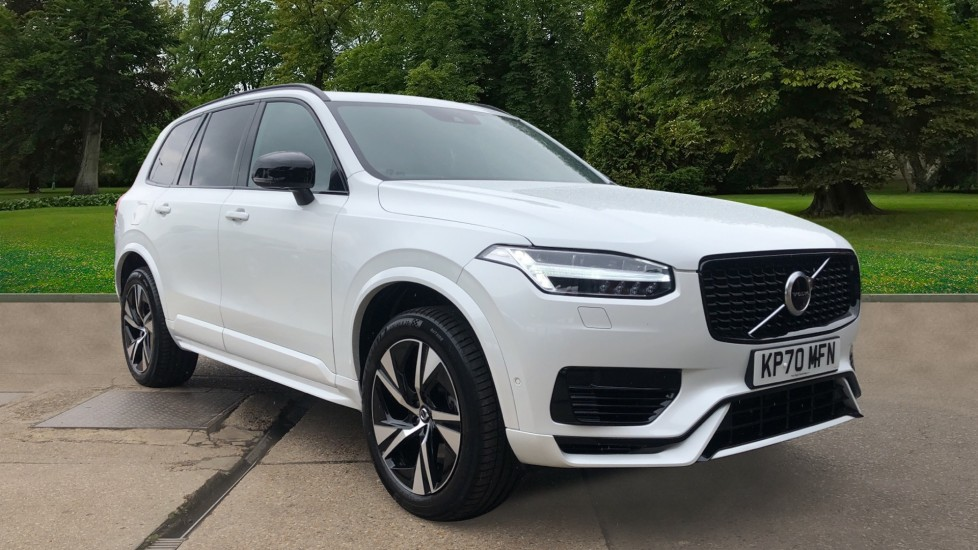 Volvo XC90 T8 Recharge Plug in Hybrid AWD R Design Auto with Nav, Pan Roof, 7 Sts, 360 Cam, BLIS, & Heated Sts 2.0 Petrol/Electric Automatic 5 door 4x4 (2020) image
