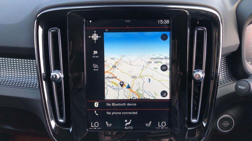Volvo XC40 T5 AWD R Design Nav Auto with BLIS, Heated Screen, Keyless Entry, Rear Camera, Lava Carpets image 5